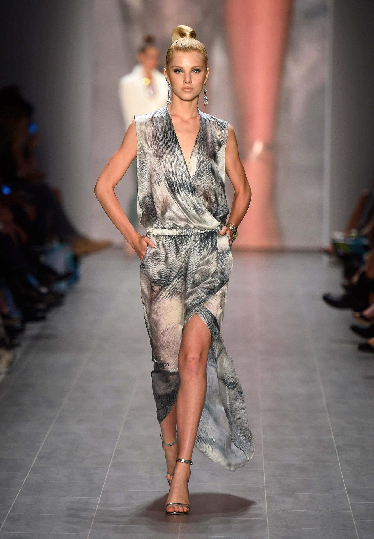 guido maria kretschmar show mercedes benz fashion week spring summer 2015 beautyressort. Black Bedroom Furniture Sets. Home Design Ideas