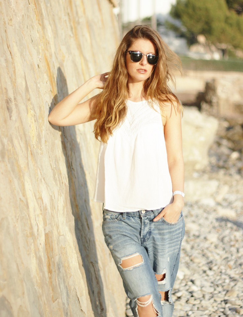 beautyressort-mallorca-camp de mar-fashion-outfit-ripped jeans-12
