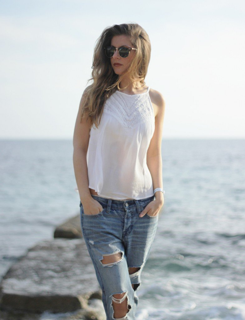 beautyressort-mallorca-camp de mar-fashion-outfit-ripped jeans-18