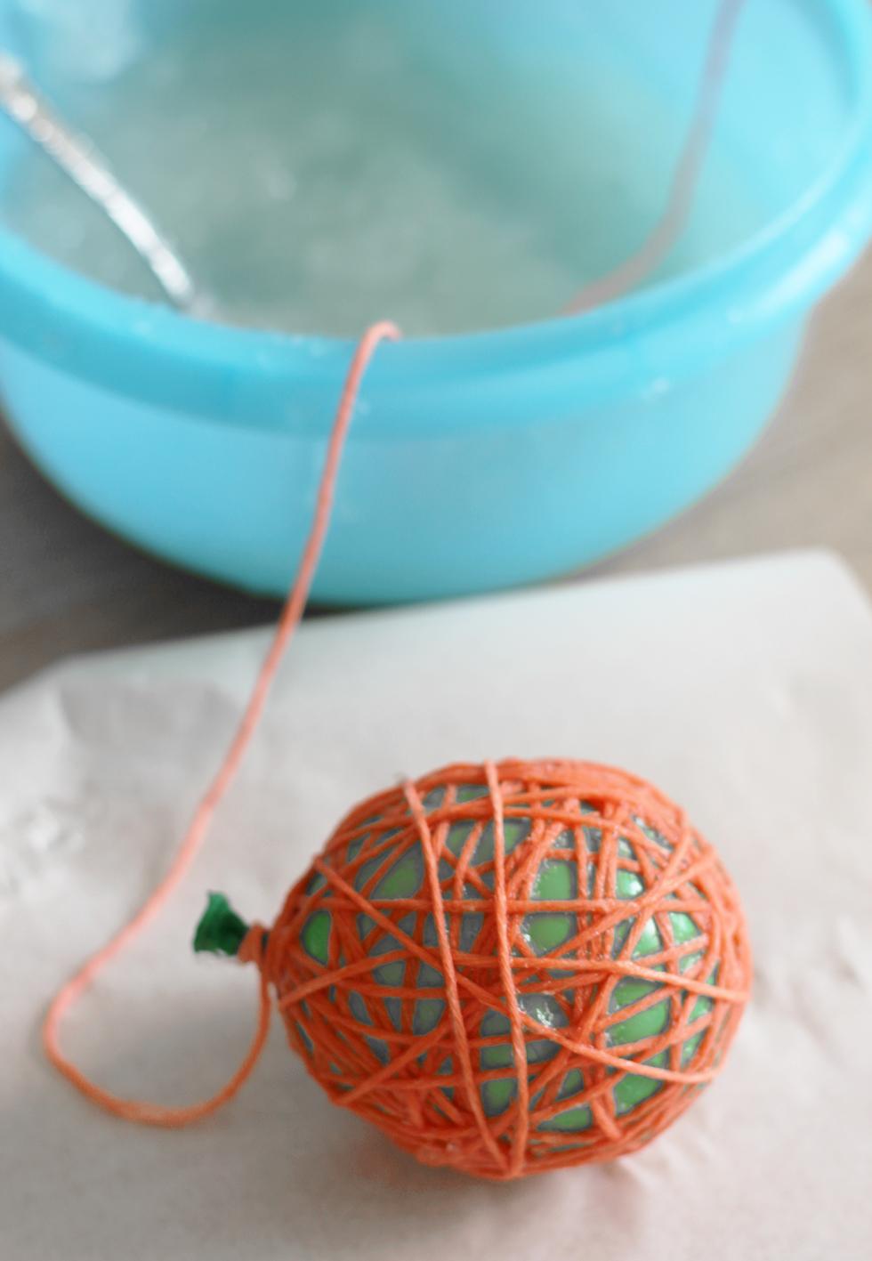 diy-cotton ball-lichterkette-6