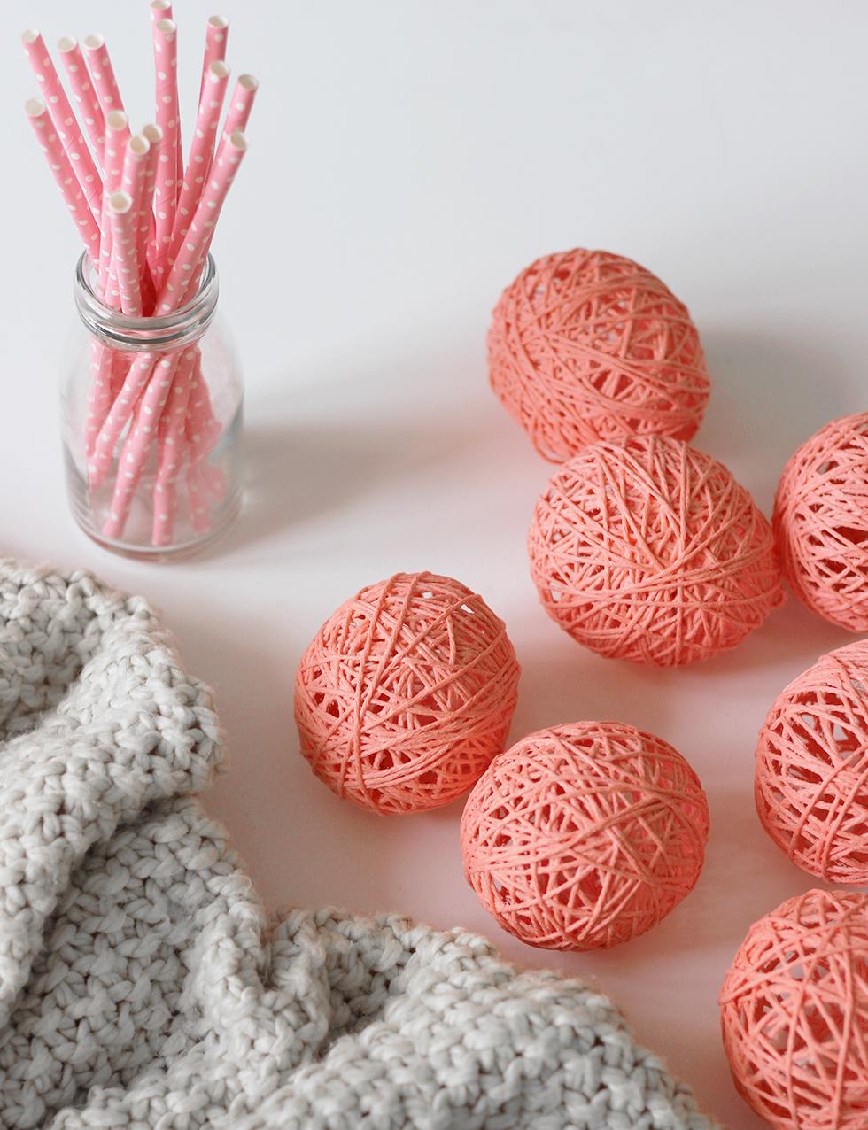 diy-cotton ball-lichterkette