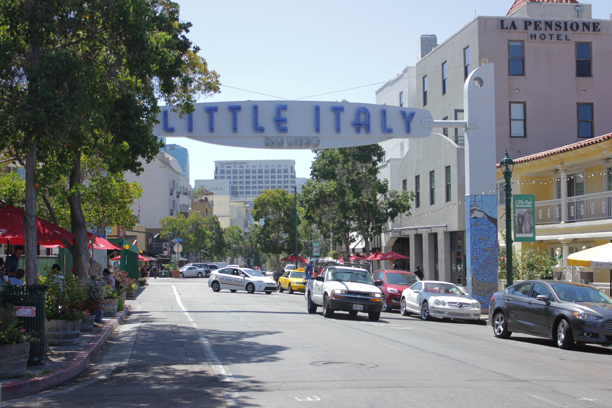 travel-san-diego-little-italy-beauty-ressort