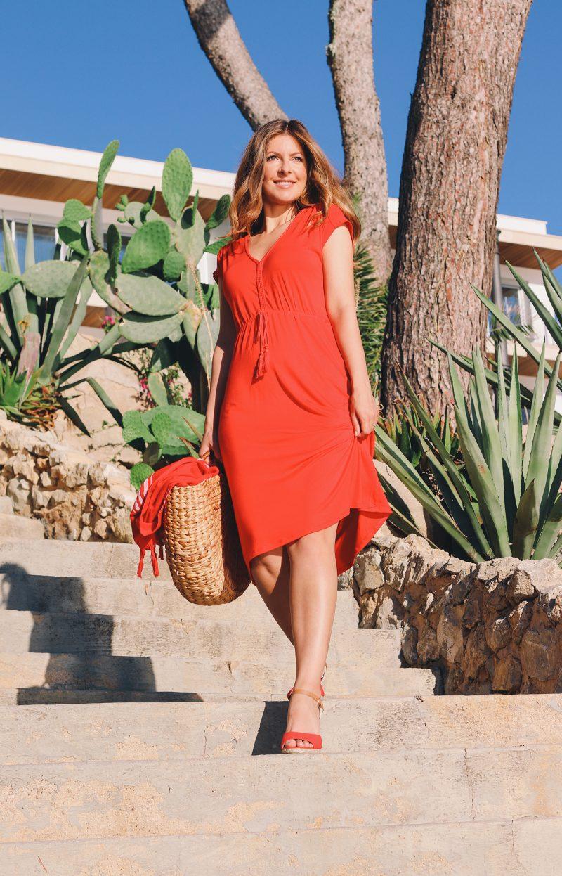 Nadine Julitz Rotes Kleid